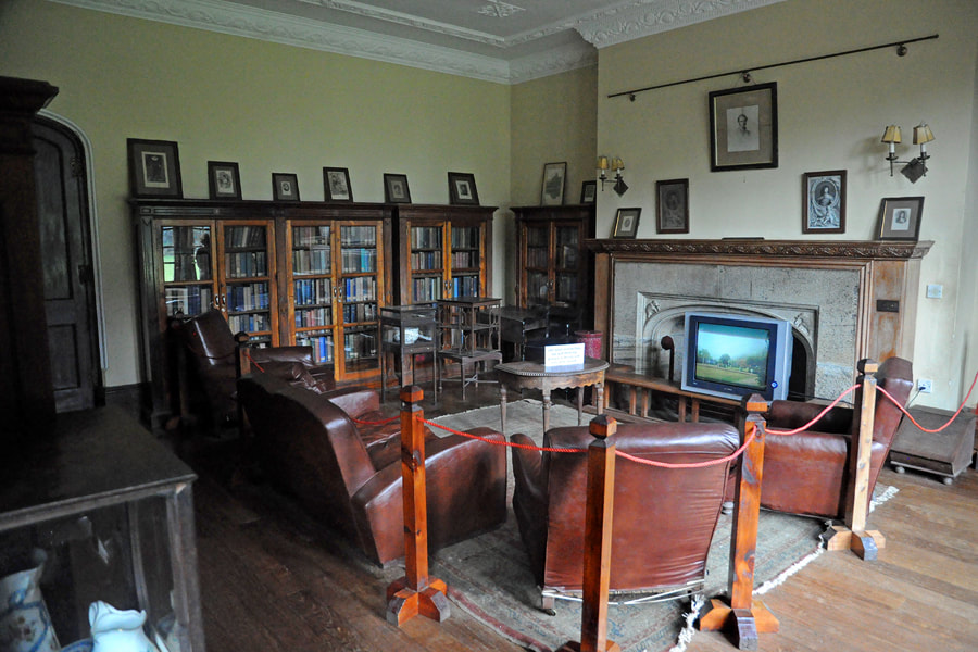 licing room with library of Adisham Hall