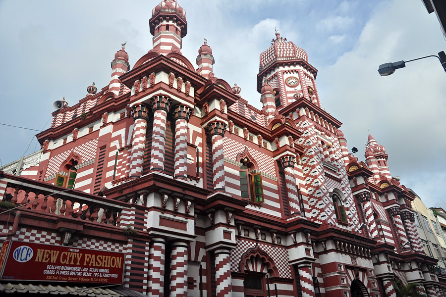 Jama Ul-Alfar, Red Mosque in Colombo