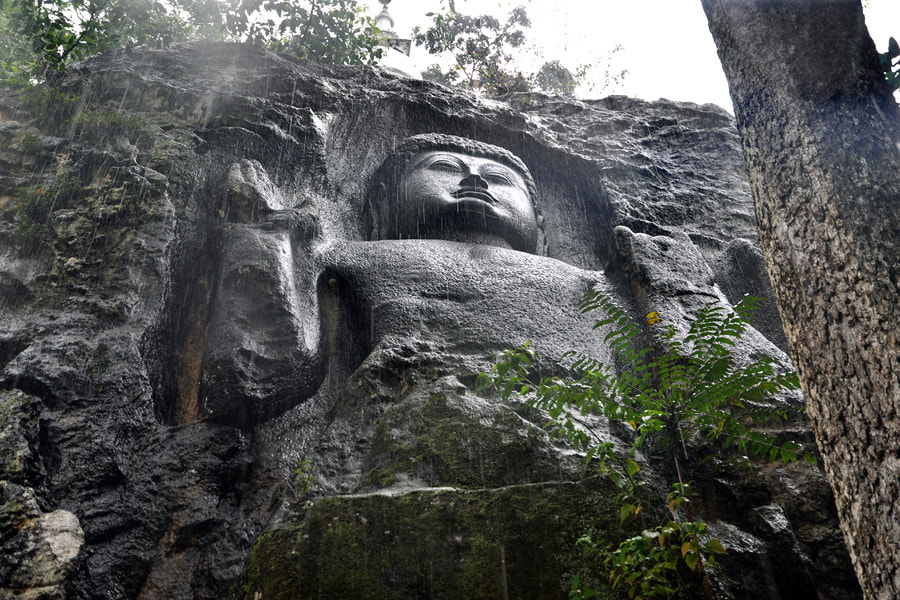 rock-cut Buddha of Dova