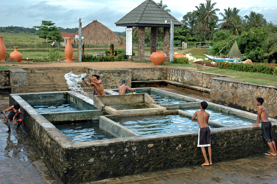 Mahapalessa alias Madunagala hot springs