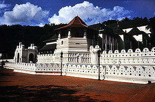 front of the Tooth Relic Temple