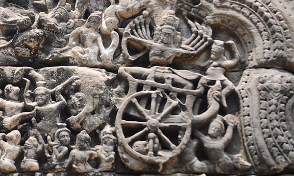 Ravana depicted at the western lintel of the third West Gopura of Preah Khan temple in Angkor, Cambodia